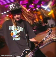 [Capture]TH chez Jimmy Kimmel 09/09/08. Tokio_Hotel_on_Jimmy_Kimmel_Show_09_09_08--large-msg-122120166249