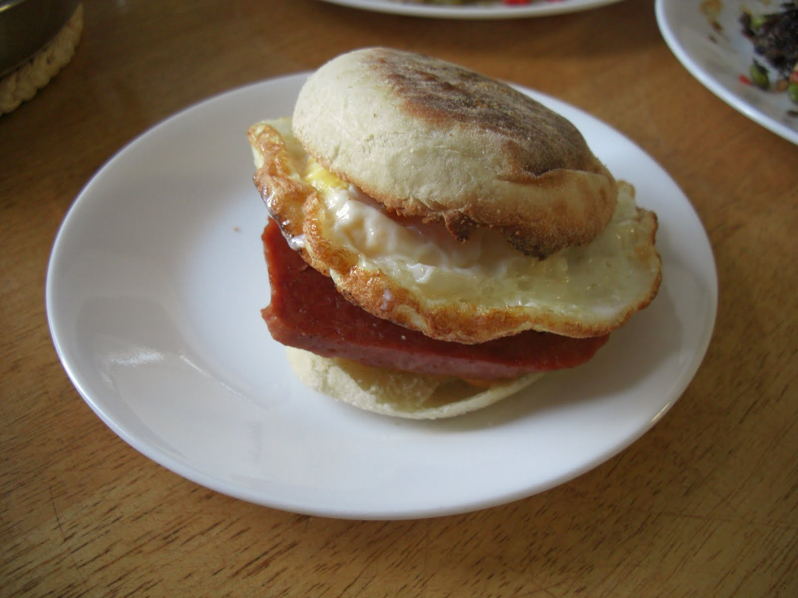 Caramel Egg Pudding: Sandwich & Burger Feast