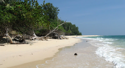 MOST OF THIS PAGE WAS WRITTEN AFTER MY DECEMBER  Best Thai Beaches : Ko Bulon Lae updated