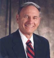 Dr. Norm Shealy (Neurocirujano)