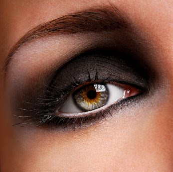 Dark eyeshadow makeup ideas. Dark makeup styles. Dark makeup ideas