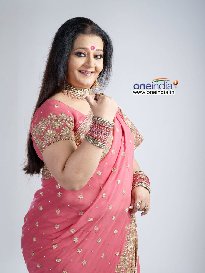 Apara Mehta is looking very nice in photos | Bolly ...
