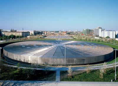 Rancho las voces arquitectura espa a dominique for Piscina olimpica madrid