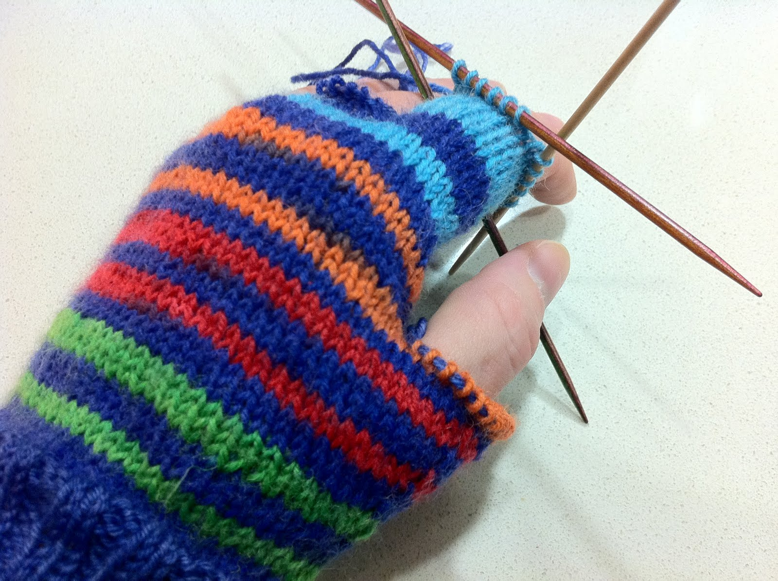 Knit Pattern Gloves Sock Yarn : Talking to the Wall: Sock yarn glove knitting pattern