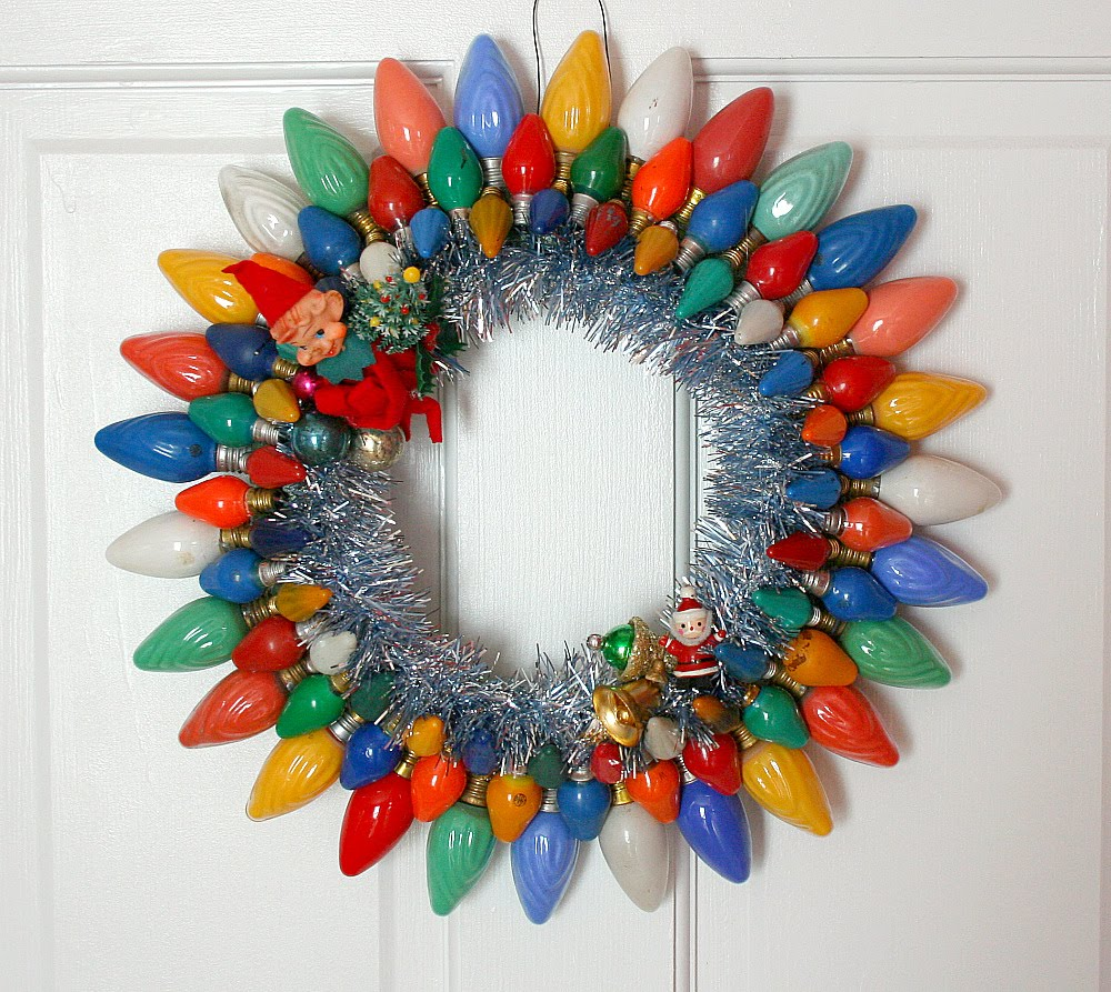 Oh by the way retro wreaths Christmas wreaths to make