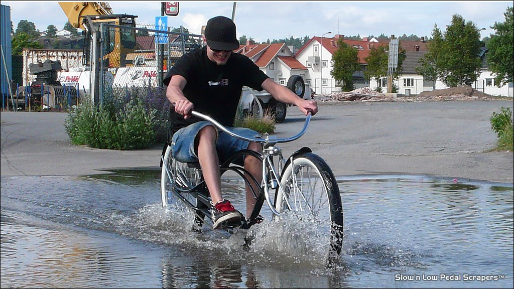 [splash2.jpg]