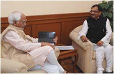 Shri Tarun Vijay meets Vice President of India, Shri Mohammad Hamid Ansari