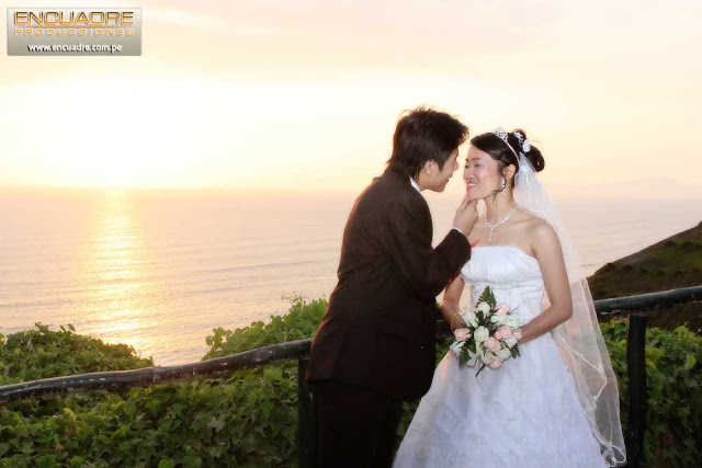 foto boda novios miraflores lima