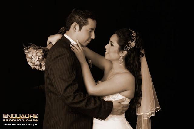 foto boda novios lima peru