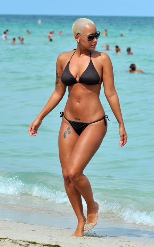 104 moreover Jesus Christ Free Desktop Wallpapers furthermore Amber Rose Bikini Body In South Beach in addition Jesus Christ Knocking On Door Pictures together with 8. on 2011 06 01 archive