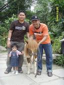 saya ,adik, damia n pony