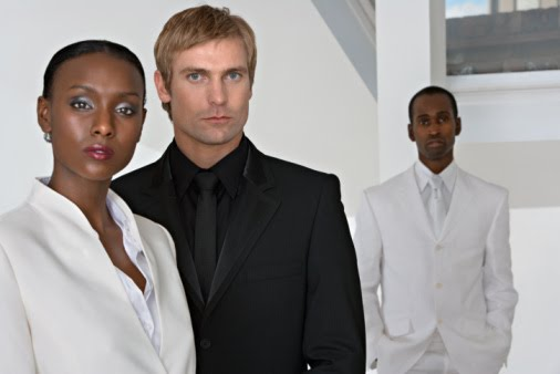 White man dating black woman
