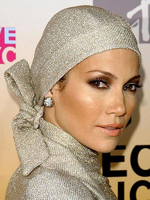 Lipstick  Jennifer Lopez Wear on Jennifer Lopez Makeup Reminder And The Weekend Beauty Links