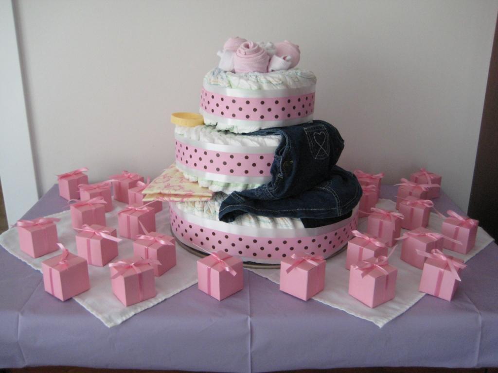 Make Diaper Cake