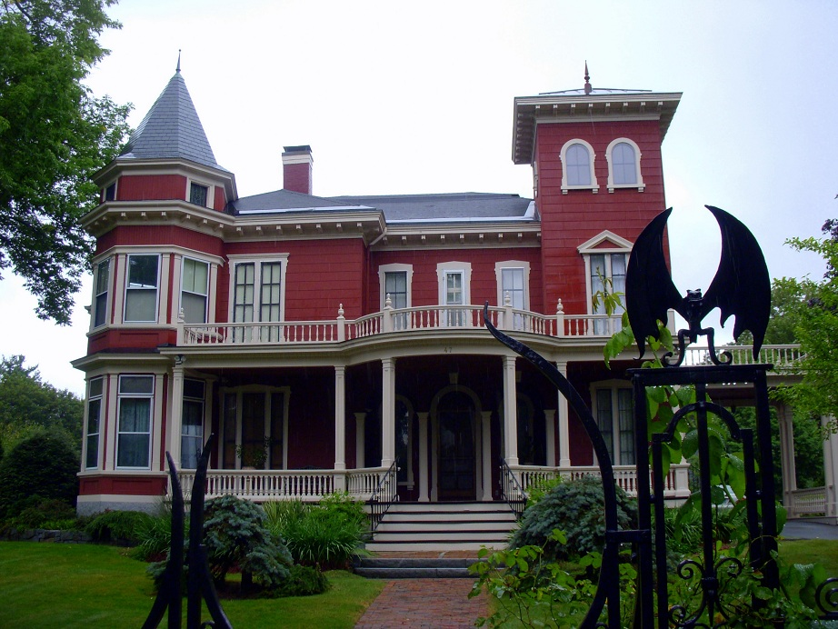 OTIS (Odd Things I've Seen): Stephen King's House