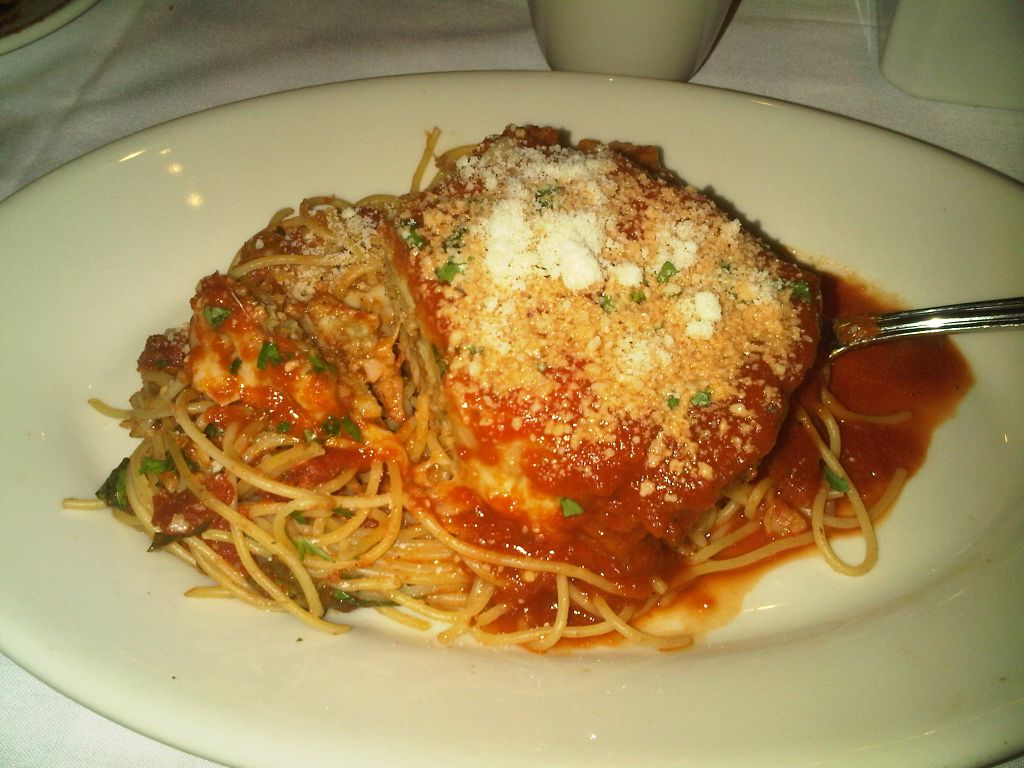 The Comida Blog: Maggiano's Little Italy in the Domain ...