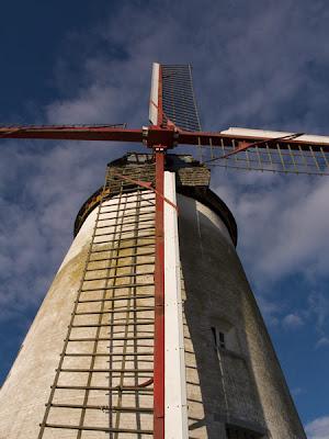 Moulin d'Ostiches 008 - Ostiches - Belgique - Anne-Sarine Limpens - 2008
