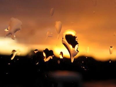 Ciel de pluie 002 - Leuze-en-Hainaut - Belgique - Anne-Sarine Limpens - 2008