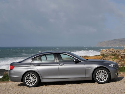 New 2011 BMW 5-Series Below :