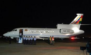 cuando aterrizó el Falcon en el aeropuerto de El Alto