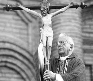 en la imagen nuestro Cardenal Julio que da por cerrado el caso transferencia fondos