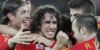 con la cabeza introdujo la bola al arco alemán decretando el gol de la victoria.