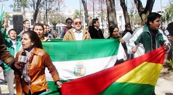 nunca en toda nuestra historia Bolivia está tan dividida