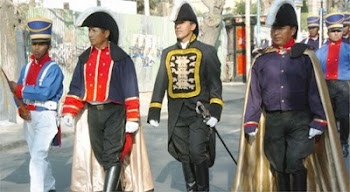 personajes del Siglo XVIII se pasearon por la alameda cochabambina de La Recoleta