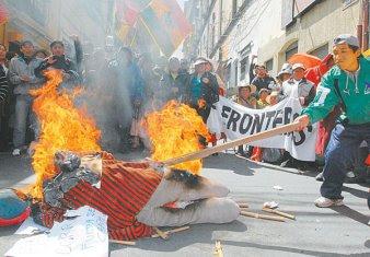 evo quemado en Potosí o por los contrabandistas? qué MAS da. ya no le toleran