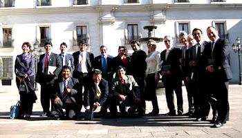 algo más de 12 periodistas de Santa Cruz invitados por el consulado de Chile