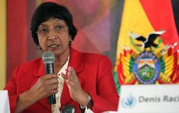 aunque de rigenindú nacionalizada sudafricana Navanethem Pillay llegó a Bolivia invitada por Evo