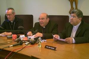 tres de los treinta pastores que durante seis días reflexionaron sobre la situación de Bolivia