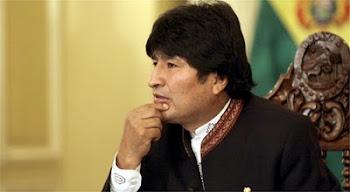 otra maldad de Evo. ordena retirarle pasaporte oficial al Cardenal de Bolivia.