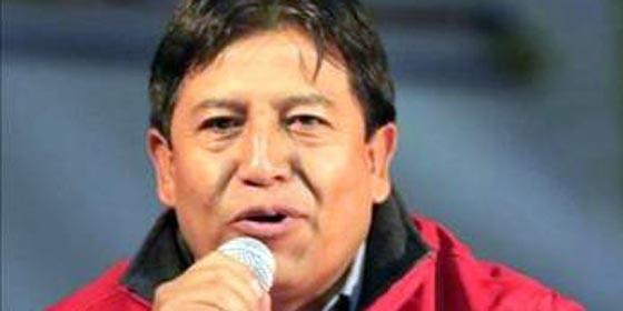 Choquehuanca y Moreno suscribieron comunicado de 12 líneas. un saludo a la bandera