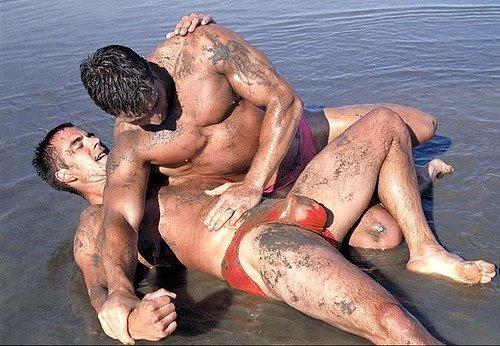 [mud_wrestle.jpg]