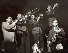 Moonlight Serenade By The Glenn Miller Orchestra 1939