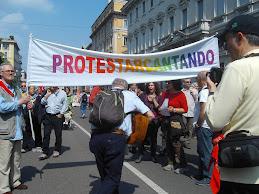 25 Aprile:Oltre 50mila  in corteo a Milano per celebrare il 65esimo anniversario della Liberazione