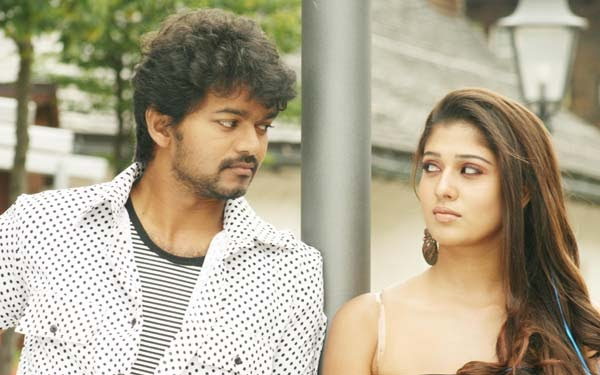 villu new stills vijay and nayanthara cute stills
