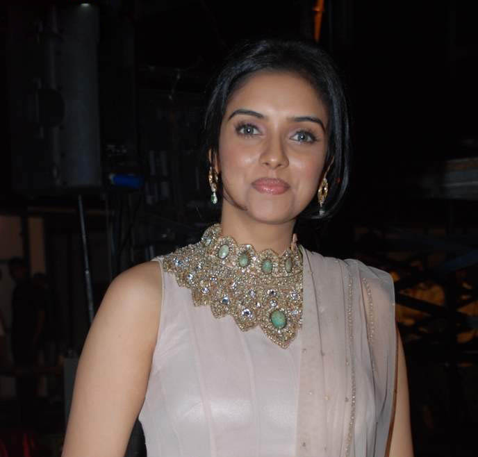 asin in police latest photos