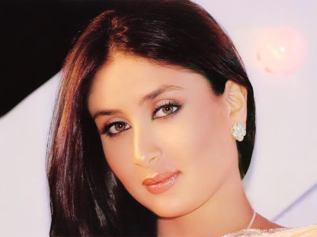 Kareena+Kapoor+New+Sony+Ericsson