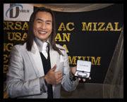 Pelakon, penyanyi dan pengacara TV, AC Mizal dilantik menjadi duta bagi produk Gelang Bio-Magnetik