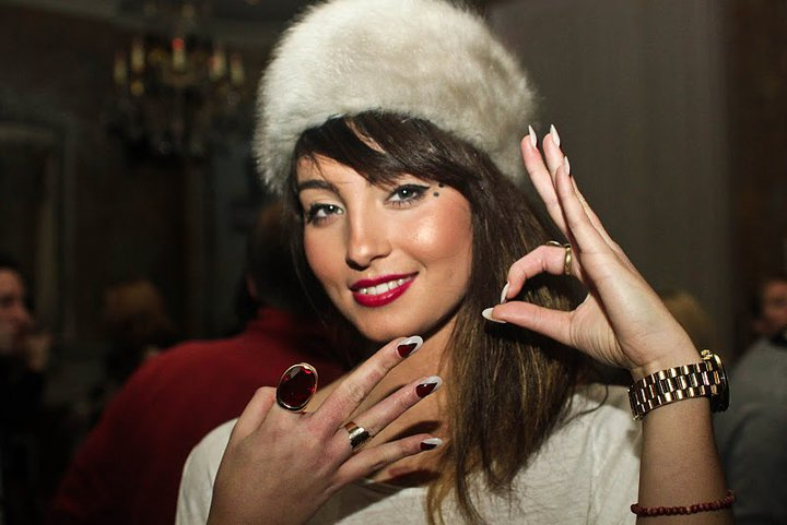 Yasmin Singer Interview