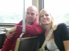 Ben and Emily on train in Chicago