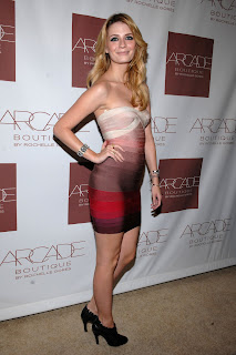 Mischa Barton Glams At Arcade Boutique Grand Opening