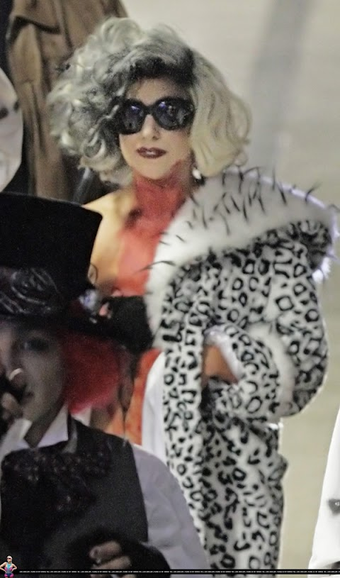 happy halloween con lady gaga crudelia de mon