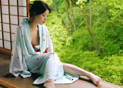 hot+kimono+girl2