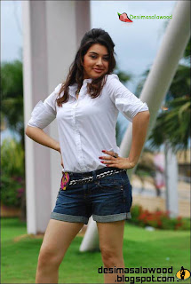 Haniska Motwani Photos In Jeans And White Shirts