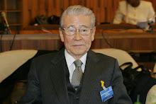 Проф. Икуо Хираяма, Почетен президент на Центъра