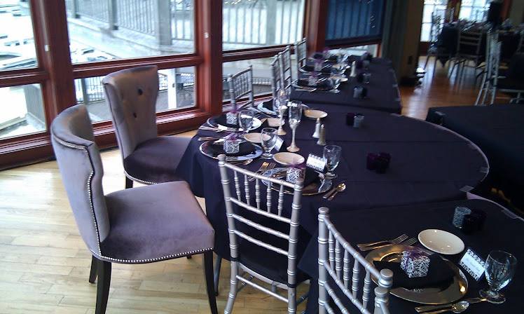 Bride/Groom chairs