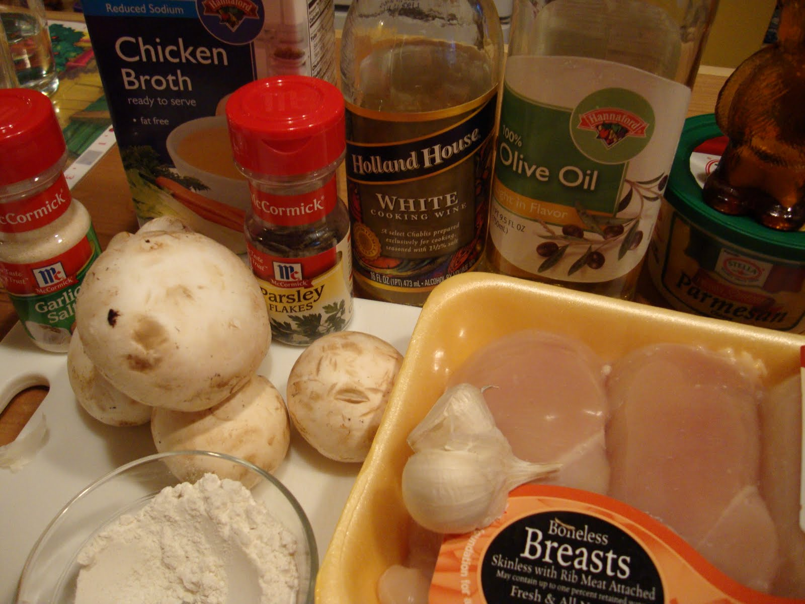 ... Creating with Avril: Chicken and Mushrooms in Garlic White Wine Sauce
